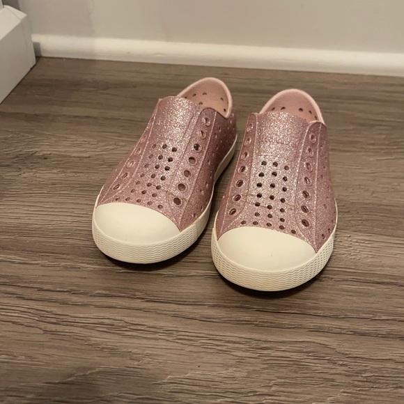 Pink sparkle native shoe size 10